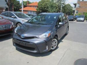 2016 Toyota Prius v HYBRID CAMERA DE RECUL