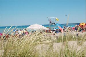Grand Bend Cottage 250 off Aug 19-26