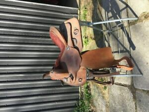 "16"" western training saddle"
