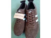 Retrofire leather Brown and blue stripe trainers.