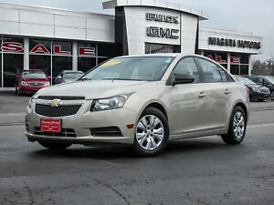2013 Chevrolet Cruze LS Auto ** ONE OWNER!! **