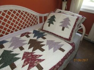 New Cotton Quilt, and 2 Shams