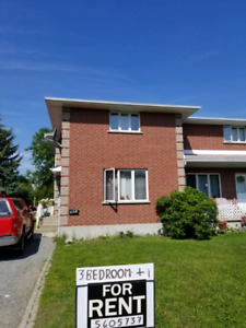 3 + 1 bedroom semi house for rent