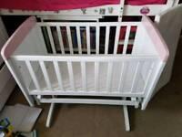 Large swinging crib