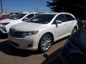 2016 Toyota Venza LE AWD Venza - Great Condition & Very Low Km's