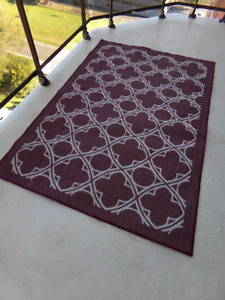 INDOOR / OUTDOOR FLOOR  MAT WITH 2 HIGH BACK CHAIR CUSHIONS
