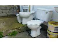 2 Toilets 3 Sinks HEREFORD
