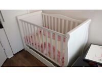 Baby Cot + Drawer in Excellent Condition