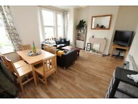 Spacious Three Double Bedroom Split Level Flat Located Within A Mile Walk of Manor House Tube N4