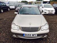 2006 Mercedes C200**12 MNTHS MOT**FULL SRV HST**2 F keepers**2 Keys**Bluetooth & Aux**LEATHER TRIM**