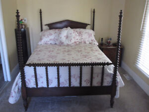 One-Of-A-Kind Antique Jenny Lind 4 Piece Bedroom Suite--MINT