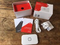 Super fast 4G mifi/mobile wifi hotspot, Vodafone R216 (Huawei E5573) 150Mbps, boxed, immaculate.