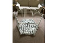 BabyDan Playpen (White) with mat