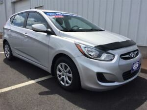 2014 Hyundai Accent HATCHBACK|ICE COLD AIR|REAL CLEAN INSIDE AND