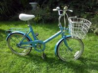 LOVELY RALEIGH SAPHIRE SMALL LADIES SHOPPER BIKE WITH ORIGINAL BASKET SERVICED
