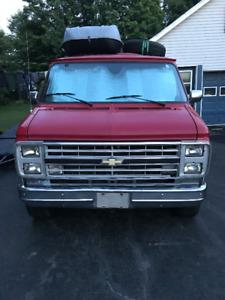 1986 Chevrolet G20 Van 6.2 diesel Fourgonnette, fourgon