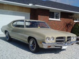 Matching Numbers 1972 Pontiac Le Mans with 44,000 original miles