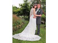Essense of Australia D2065 Wedding Dress