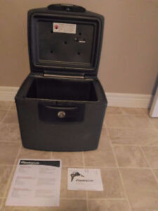 Sentry Safe H4300 Fire/Water-proof 0.7 Cubic Feet