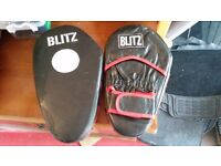 Blitz Spot Leather Focus Pads / sparring gloves - Black Red
