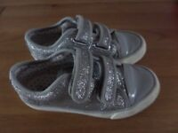 Sparkly Girls Shoes / trainers