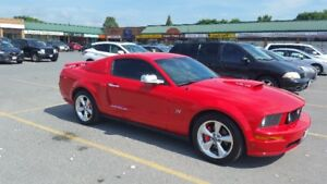 2005 Ford GT Mustang Coupe (2 door)