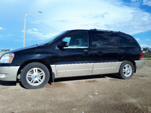 2004 Ford Freestar Minivan, Van
