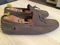 Luxurious Tod's Ferrari mens beige suede loafers, driving shoes, 43 / uk9, rrp £320