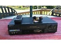 FOR SALE SONY SLV-T2000 Hi8 VHS VIDEO CASSETTE RECORDER VIDEO Hi8 PLAYER COMBI DECK