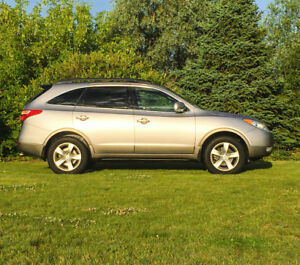 2011 Hyundai GLS Premium, AWD, LOADED, 102 km, 7 Pass, LEATHER