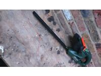 HEDGE TRIMMER, Electric, 40cm, B&D, vie opposite GX Tesco