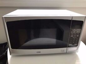 LOGIC Microwave in good condition