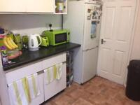 2 bed Ground Floor Flat with Garden and To Rent Ilford