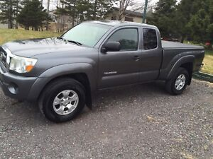 REDUCED - 2009 Toyota Tacoma SR5 4x4 v6 4.0L