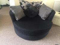 Sofa & swivel cuddle chair👀