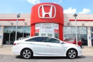 2011 Hyundai Sonata HYBRID - SLEEK AND EFFICIENT -