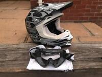 Kids SHIFT MotoX Helmet (Size Small)