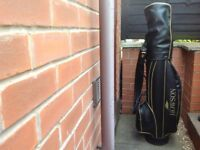 Howson Golf Bag and mixed irons,well used.Good for beginner .