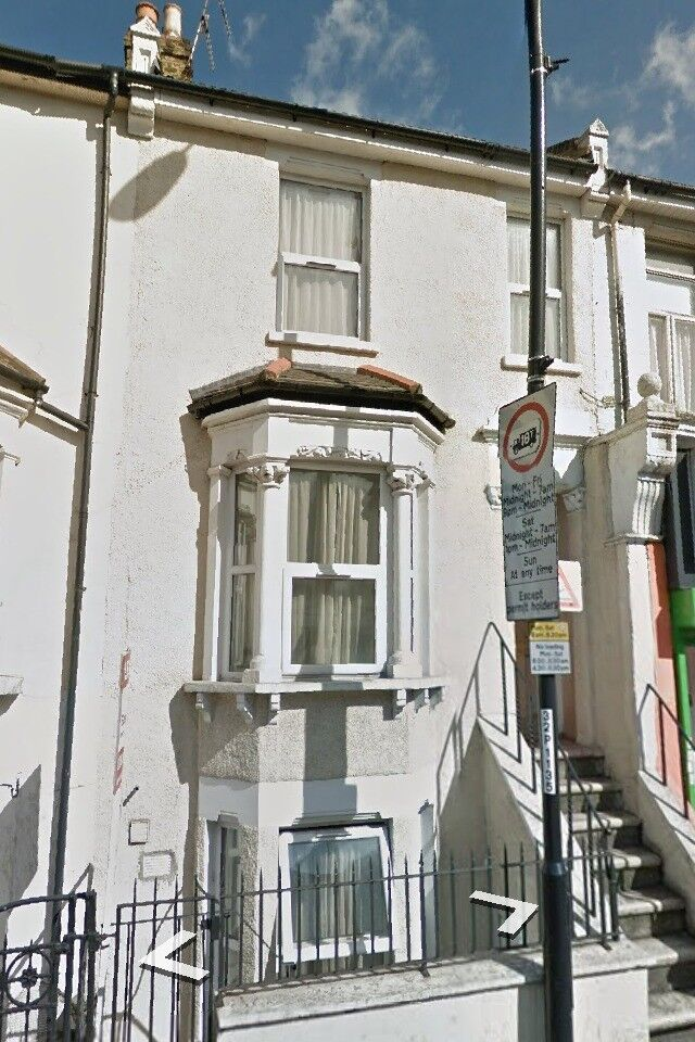 1 ONE BED BEDROOM STUDIO FLAT IN GREENWICH WOOLWICH SE18 WITH EXCELLENT TRANSPORT LINKS SE7 SE10 SE3