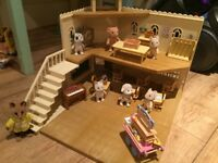 Sylvanian Family Berry Grove School and furniture, figures and accessories
