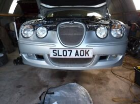 JAGUAR S-TYPE 2.7 TD 2007 2005 AND S TYPE 4.2R BREAKING 3 cars FOR PARTS SPARES OR REPAIR non runner