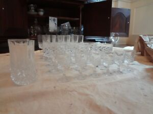 CRYSTAL DARQUES/ VARIETY OF STEMWARE #32 PIECES