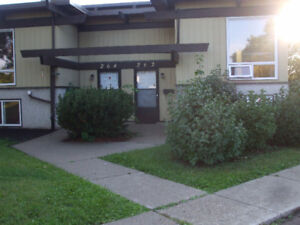 2 Bedroom Condo-backs onto park/bicycle path (Millwoods)
