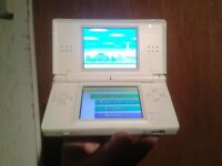 Nintendo ds lite white in good working condition ,charger,stylus,and 7 girls games.