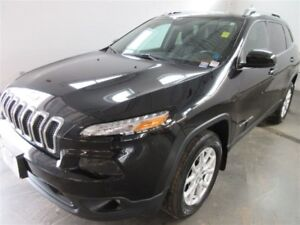2015 Jeep Cherokee LATITUDE! 4x4! BACK-UP! ALLOYS! BLUETOOTH! HE