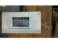 Sony psp boxed with lead