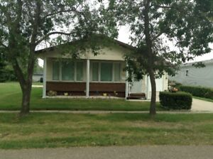 HOUSE FOR SALE in NEUDORF, SK.