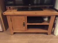 Country OAK TV unit in excellent condition