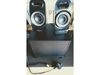 Creative Labs speakers w/bass and 2 speakers