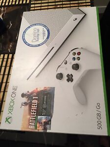 Brand new in box, XBOX one. 500GB